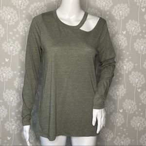 Chaser T-Shirt Size Medium Green Cut Out Neck